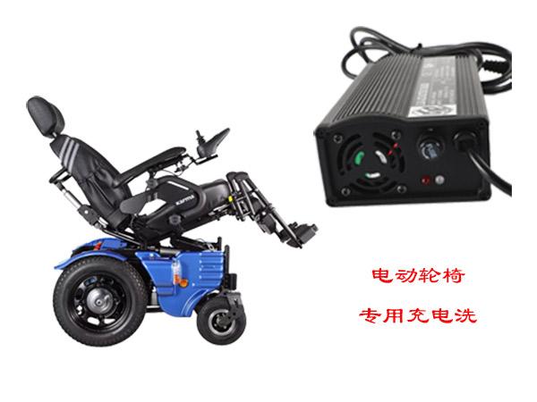 使用电动轮椅的坐姿很关键