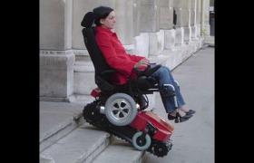 电动爬楼车载人爬楼机上下楼轮椅种类介绍